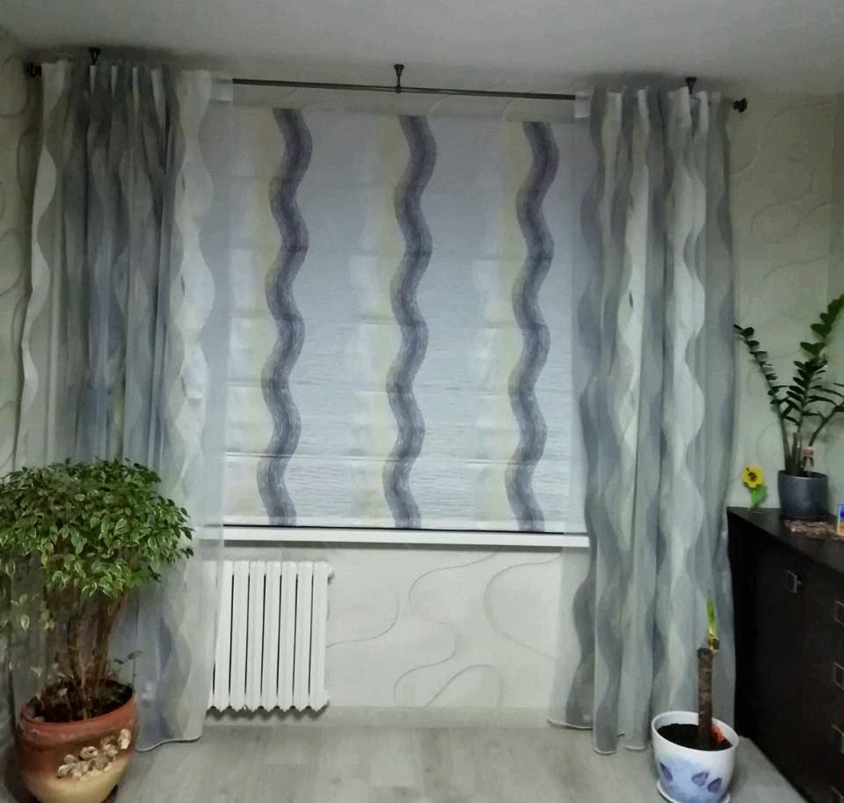 римские шторы с вертикальными полосами фото